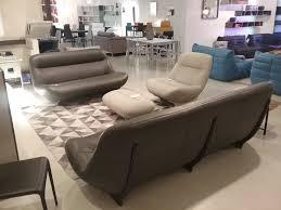 canapes et fauteuils canapé en cuir manarola toulon ligne roset cinna