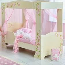 chambre fille 2 ans chambre de fille et sélection de lits et de meubles de princesses