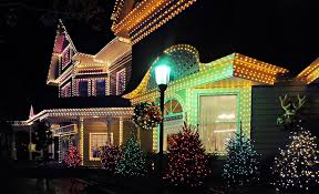 why do we put up lights at christmas tips for hanging your outdoor christmas lights christmas blog