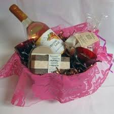 bridal shower basket ideas bridal shower gift basket ideas to remember bridal shower gift