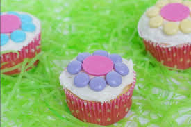 easy spring flower cupcakes for kids