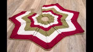 classic cable tree skirt crochet kit crochet tree