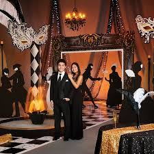 Prom Decorations Wholesale Best 25 Masquerade Theme Ideas On Pinterest Masquerade Party