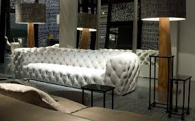 canap style chesterfield canapé de style chesterfield en cuir 3 places gris chester
