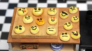 cookie emoji tiny emoji cookie tiny kitchen tastemade