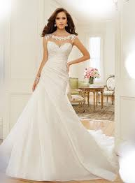 ivory wedding dresses ivory or white which is your favourite wedding dress colour