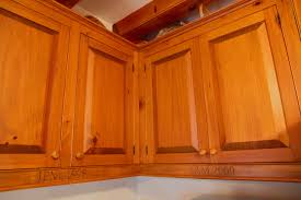 Wood To Make Cabinets Classic Cabinets Time Tested Design For Real Wood Kitchens
