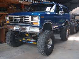 79 best ford bronco images on pinterest lifted trucks ford