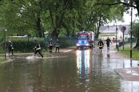 Wetter In Bad Emstal Live Wetter Ticker Gewitter Und Unwetter Dienstag