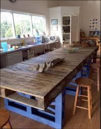 construire sa cuisine en bois comment construire une cuisine affordable comment fabriquer un bar