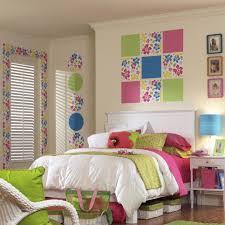 Wallpaper For Kids Bedrooms by Design A Room For Kids Artofdomaining Com