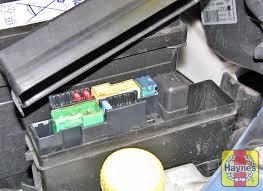 nissan micra 2003 2010 1 2 fusebox and diagnostic socket