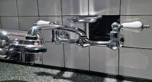 identify kitchen faucet help me identify this kitchen faucet brand plumbing diy