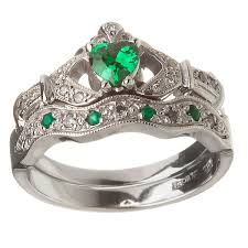 celtic wedding ring sets 14k white gold emerald set heart claddagh ring wedding ring set