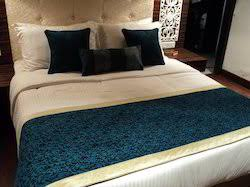 bed runner at best price in india