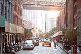dumbo york guide airbnb neighborhoods