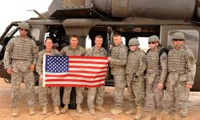 Soldiers Lifting Flag The Official Uso Blog Lifting The Spirits Of America U0027s Troops