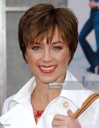 dorothy hamels haircut in 80s is dorothy hamill hairstyles any good seven ways you can be