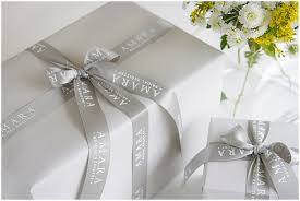 luxury wedding registry discover luxury bridal registry amara keep your wedding gift list
