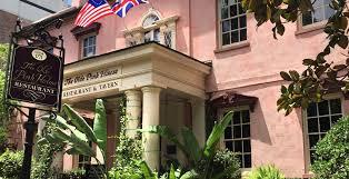 Planters Tavern Savannah by Essential Places To Eat In Savannah Savannah Dream Vacations