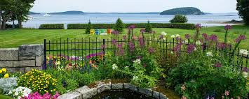 Rock Garden Inn Maine Hotels In Bar Harbor Maine Balance Rock Inn