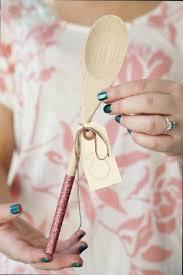 inexpensive bridal shower favors 30 creative bridal shower favors wedding forward