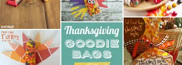 thanksgiving goodie bags you can craft as favors