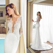 what should i wear my wedding dress