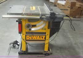 Dewalt Dw746 10 Table Saw Item 6101 Sold January
