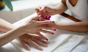 nail salon etiquette 101 what to do what to tip for manis u0026 pedis