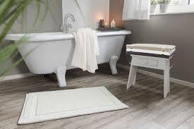charleston reversible organic cotton bath rug