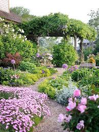 Flower Garden Ideas 27 Best Flower Bed Ideas Decorations And Designs For 2018