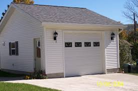 Single Car Garage by Garages Wes Potter Construction Inc