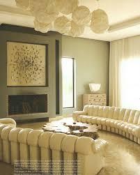 interiors canapé salon lilianefawcet canapé desede lustre franckgehry le