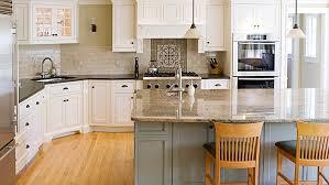 photos cuisine cuisine armoire blanche comptoir foncé recherche cuisine