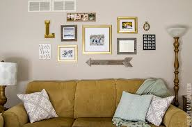 wall gallery ideas how to decorate a gallery wall for christmas unoriginal mom