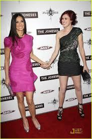 Keeping Up With The Joneses Rumer Willis U0026 Demi Moore Keep Up With U0027the Joneses U0027 Photo