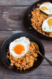 poached tuna kimchi tuna fried rice foodiestory