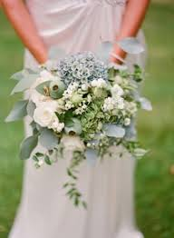 wedding flowers greenery 27 greenery wedding bouquets weddingomania weddbook