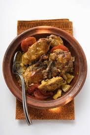 cuisine du nord tajine de poulet aux tomates afrique du nord banque d images