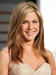 dr jennifer haircut jennifer aniston is just as lazy about washing her hair as we are