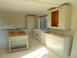 can we paint kitchen cabinets can you paint your kitchen cabinets what kind of paint for cabinets