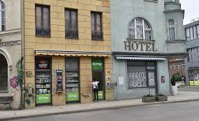 Wohnzimmer Kino Berlin 100 Jahre Ufa In Potsdam Vom Großen Kino Bis Zur Daily Soap
