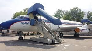 elvis plane elvis tour plane the lisa marie picture of graceland memphis