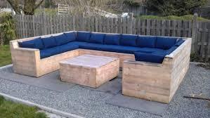 chaise longue palette fabriquer une chaise longue de jardin avec des palettes maison