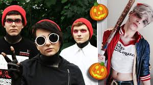 Halloween Costumes Nightmare Christmas Vote
