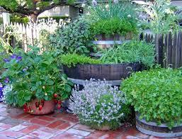 55 cheap garden ideas a beautiful garden with little money to