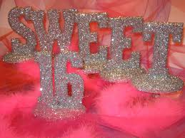 sweet 16 table centerpieces sweet sixteen party theme ideas sweet 16 fashion vogue