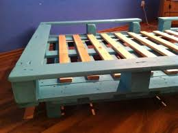 Crate Bed Frame Bed Frames Diy Pallet Bed Tutorial Queen Size Pallet Bed Plans