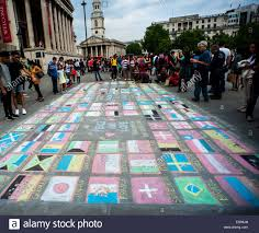 Country Flags Of The World London Uk 17th May 2014 Man In Trafalgar Square Drawing All